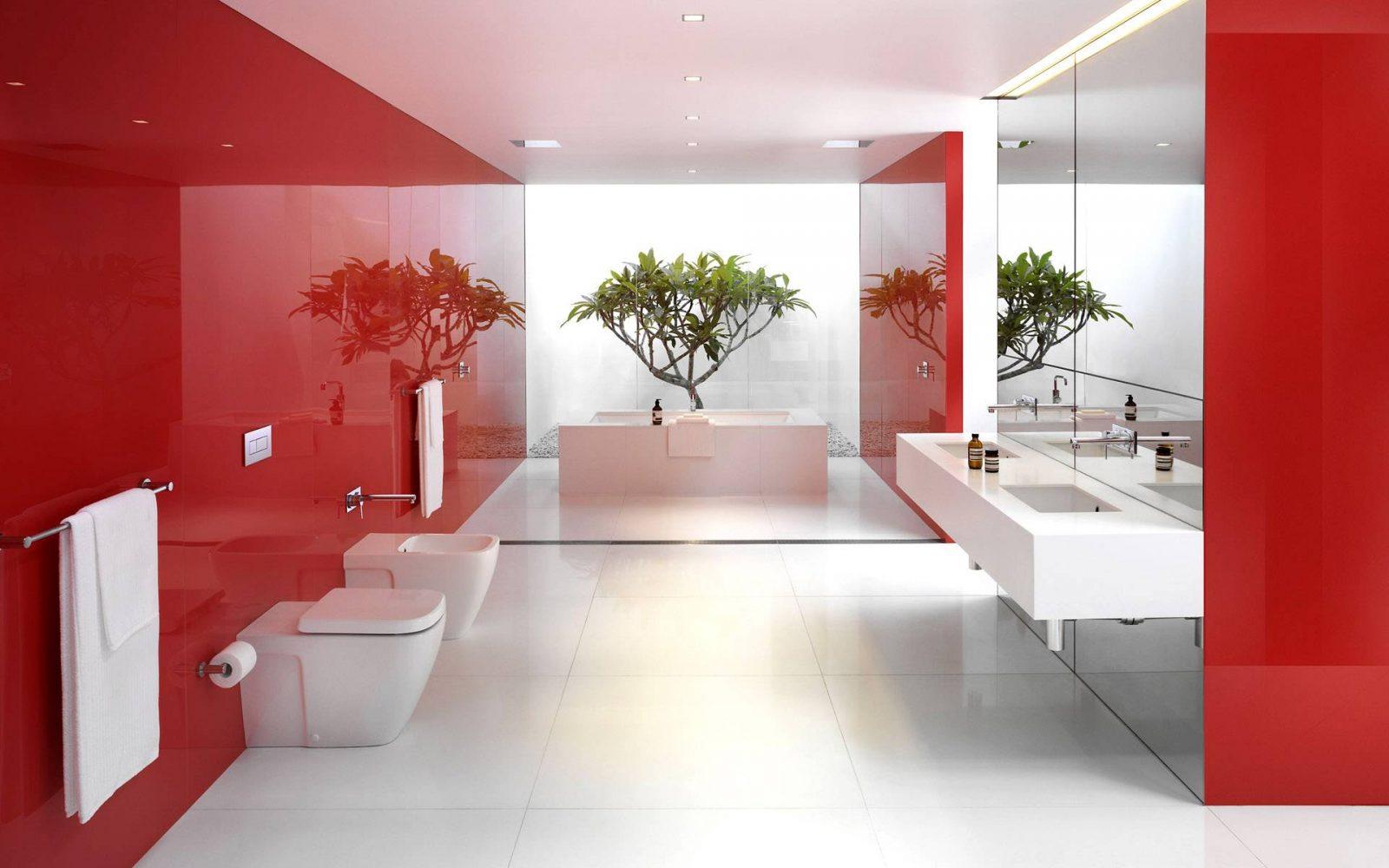 Baño moderno de tonos rojos :: Imágenes y fotos