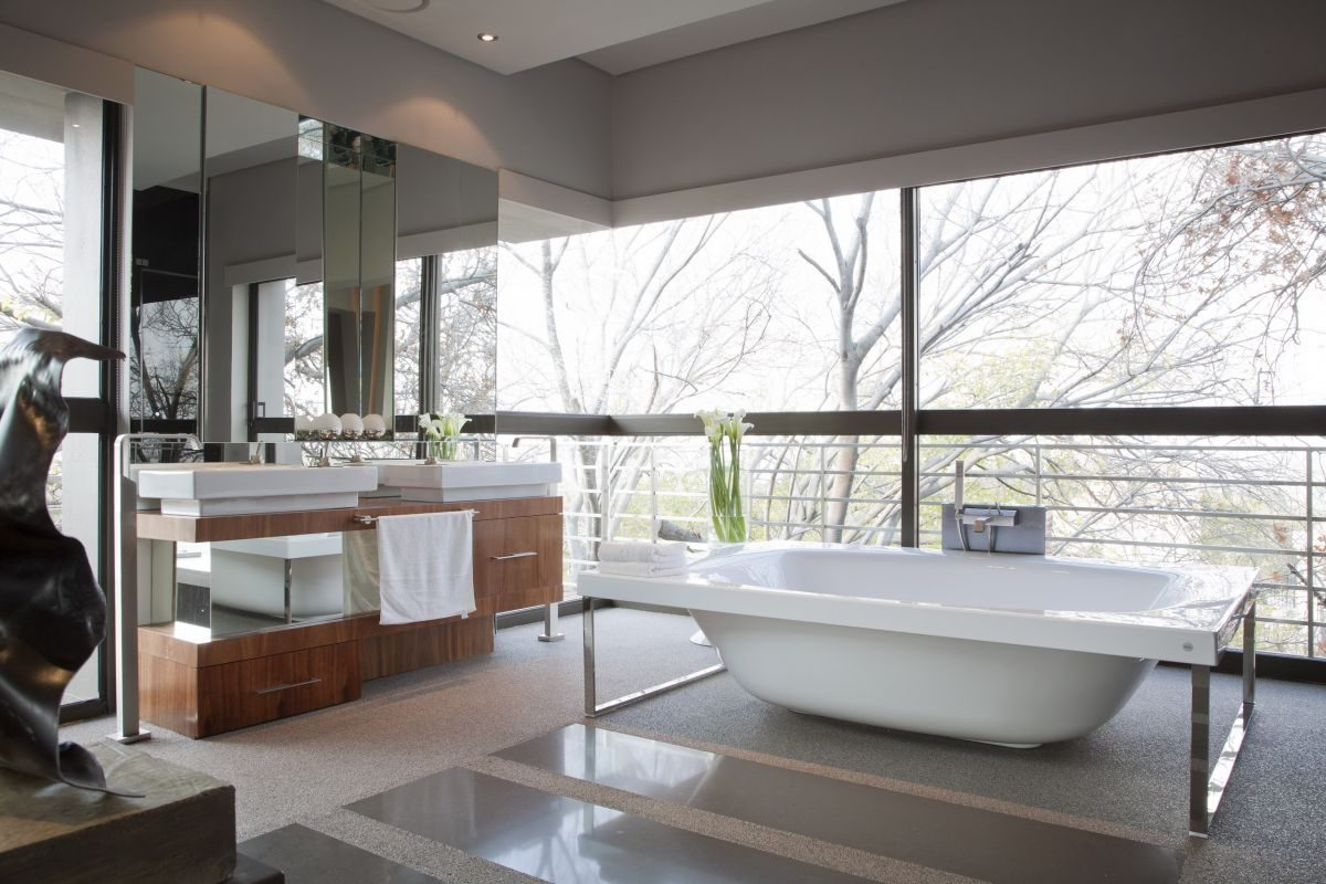 Iluminacion Baño Moderno:Modern Bathroom Window Designs