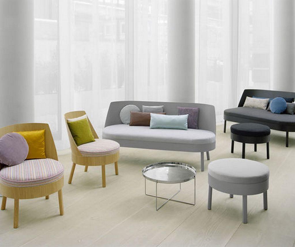 Sillas modernas para el sal n im genes y fotos for Mesas y sillas de salon modernas