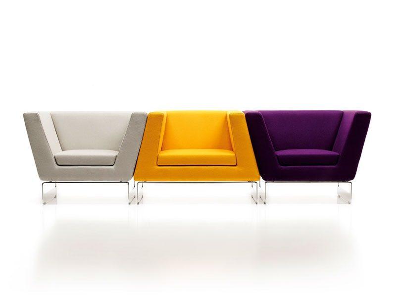 Sillones modernos de colores im genes y fotos for Sofas y sillones de diseno